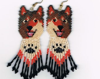 Laughing Red/Brown Wolf, Husky dog with paw print in fringe