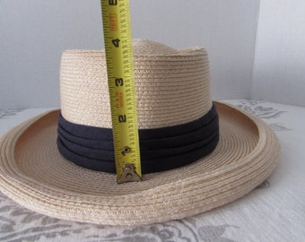vintage ITALIAN STRAW HAT High Fashion/ Casual /Boaters /Traditional/Summer