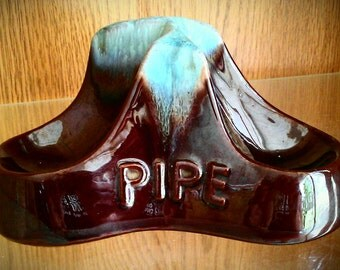 Vintage Ceramic Pipe Holder