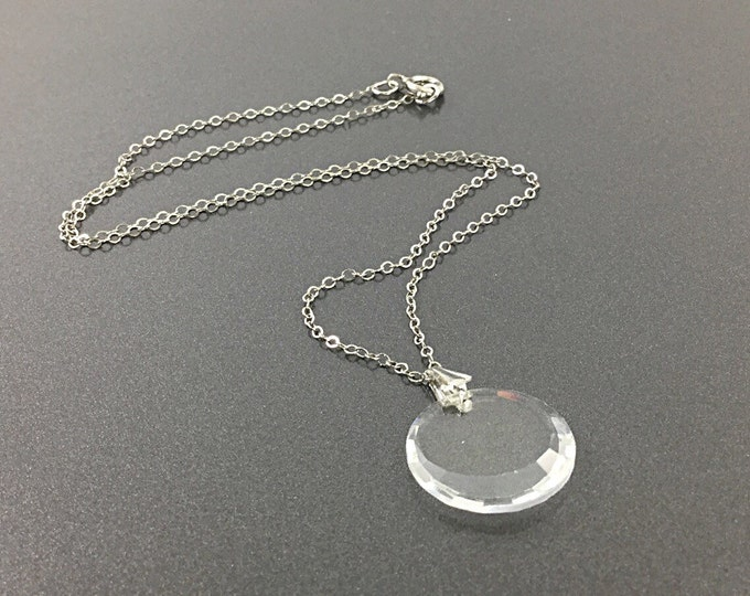 Pretty Delicate Swarovski Crystal Pendant & Necklace. Simply Elegant Clear Sparkly Crystal Vintage Necklace In Silver Tone.