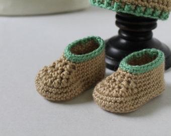Handmade Newborn Baby Hat and Booties Set