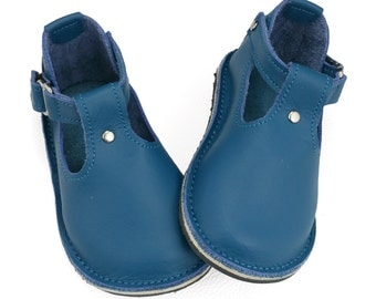 Handmade teal blue leather children's shoes.  Boys shoes. Girls shoes. Toddler shoes.  T-bar kids shoes.