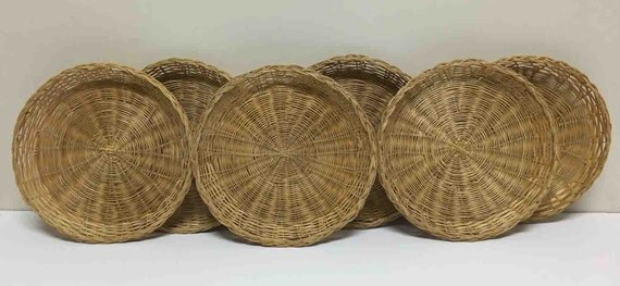 wicker paper plate holders set of 6 vintage paper plate. Black Bedroom Furniture Sets. Home Design Ideas