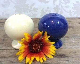Fiesta Ware Salt and Pepper Shaker, White and blue ball top, ceramic,  mid century, Homer Laughlin, USA