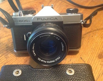 Fujica ST605N 35mm Camera in Case, c 1970's, in Very Good Condition