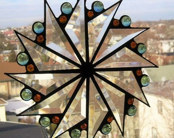 Stained Glass|Stained Glass Suncatcher|Pinwheel Design|Green|Gold|Home & Living|Home Decor|Ornaments and Accents|Handcrafted|Made in USA