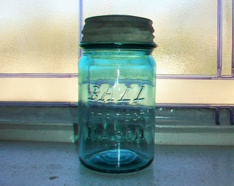 Block Letter Logo Blue Ball Perfect Mason Pint Antique Canning Jar