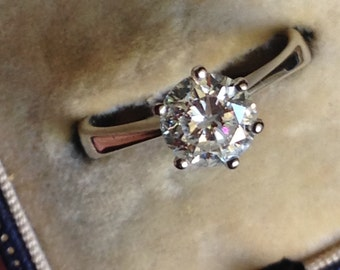 CLEARANCE!!!!   Estate 18K Gold 1.2 Carat Diamond Solitaire Ring