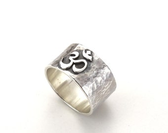 Om Ohm Yoga Ring, spiritual band, meditation jewelry - Sterling Silver (925)