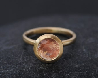 18K Gold Peach Sunstone Ring - Peach Engagement Ring - Solitaire Oregon Sunstone Ring  - Large Sunstone Ring - Size 5.75 -FREE SHIPPING
