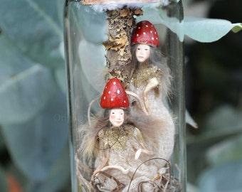 Sisters Mushroom Fairies Resting in enchanted bottle - Woodland Spirit - Nigrica Miniatures sculpt hand made by Johana Molina