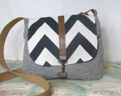 Columbia-- Crossbody messenger bag // Chevron purse // Adjustable strap // Vegan // Travel purse // Grey// Blue // Ready to ship