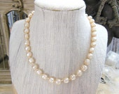 Vintage Off-White Baroque Faux Pearl Knotted Bead Strand Choker Necklace VV5
