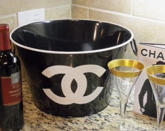 NEW!!  Chic French Inspired Classic Black and White Metal Party Beverage Tub Bucket