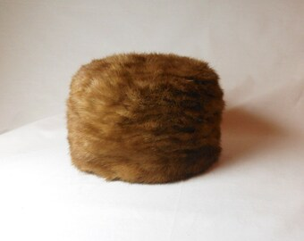 Vintage 1960's Mink Pill Box Hat - Size 22 (7)