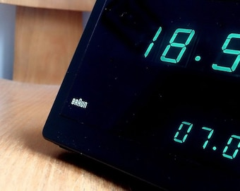 Original BRAUN DN 50 Visotronic digital alarm clock Littmann Dieter RAMS 1970s