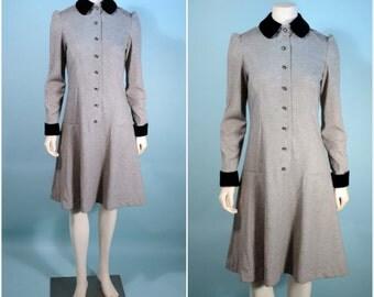 VTG 60s Mod Peter Pan Collar Princess Mini Dress/Grey Knit Black Velvet Collar + Cuffs Flare Skirt Dress/Button Up Preppy Dolly Mini SZ M
