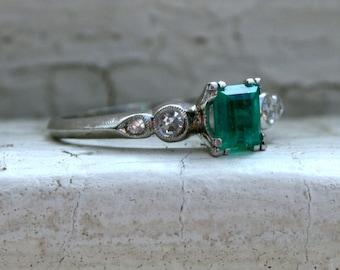 Beautiful Vintage Platinum Diamond and Emerald Ring - 0.86ct.