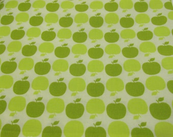 Green Apple Dot in Spring- Fabric Sandi Henderson