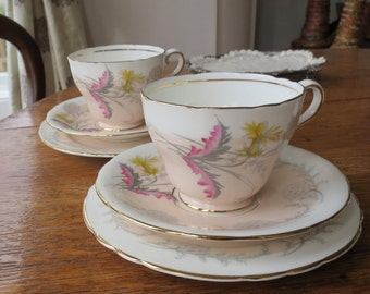 Aynsley 'Wayside' vintage china tea cup trio