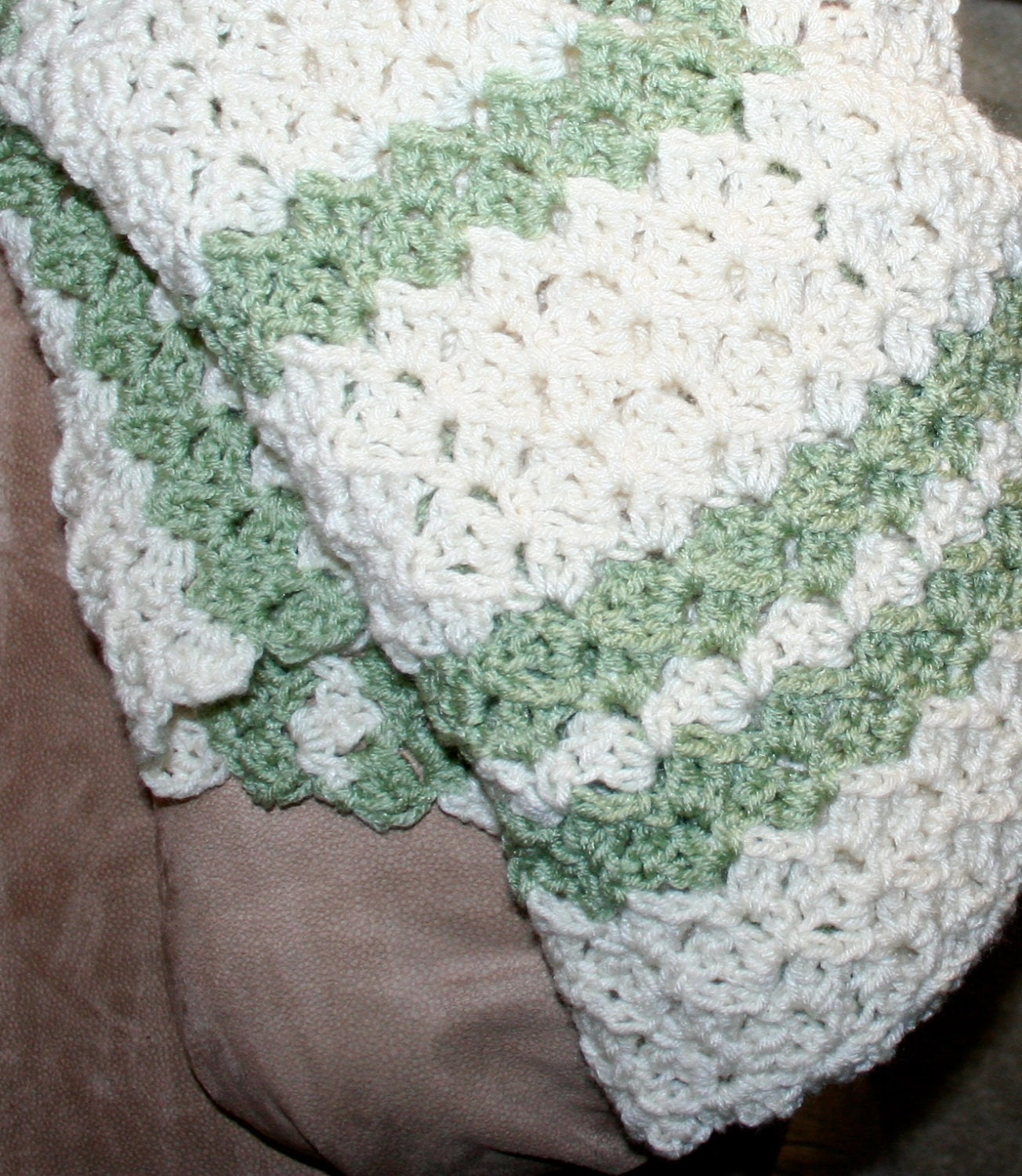 Crochet blanket pattern easy throw pattern child adult zoom bankloansurffo Images