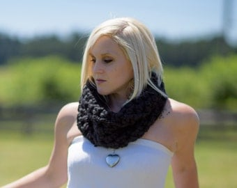 The Elizabeth Cowl in Black