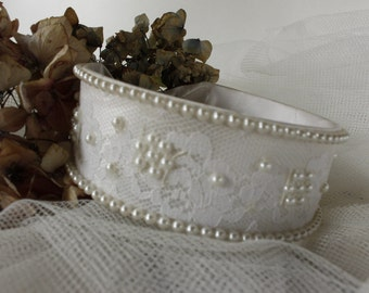 French Vintage Bridal Head Band....Simple and Sweet.