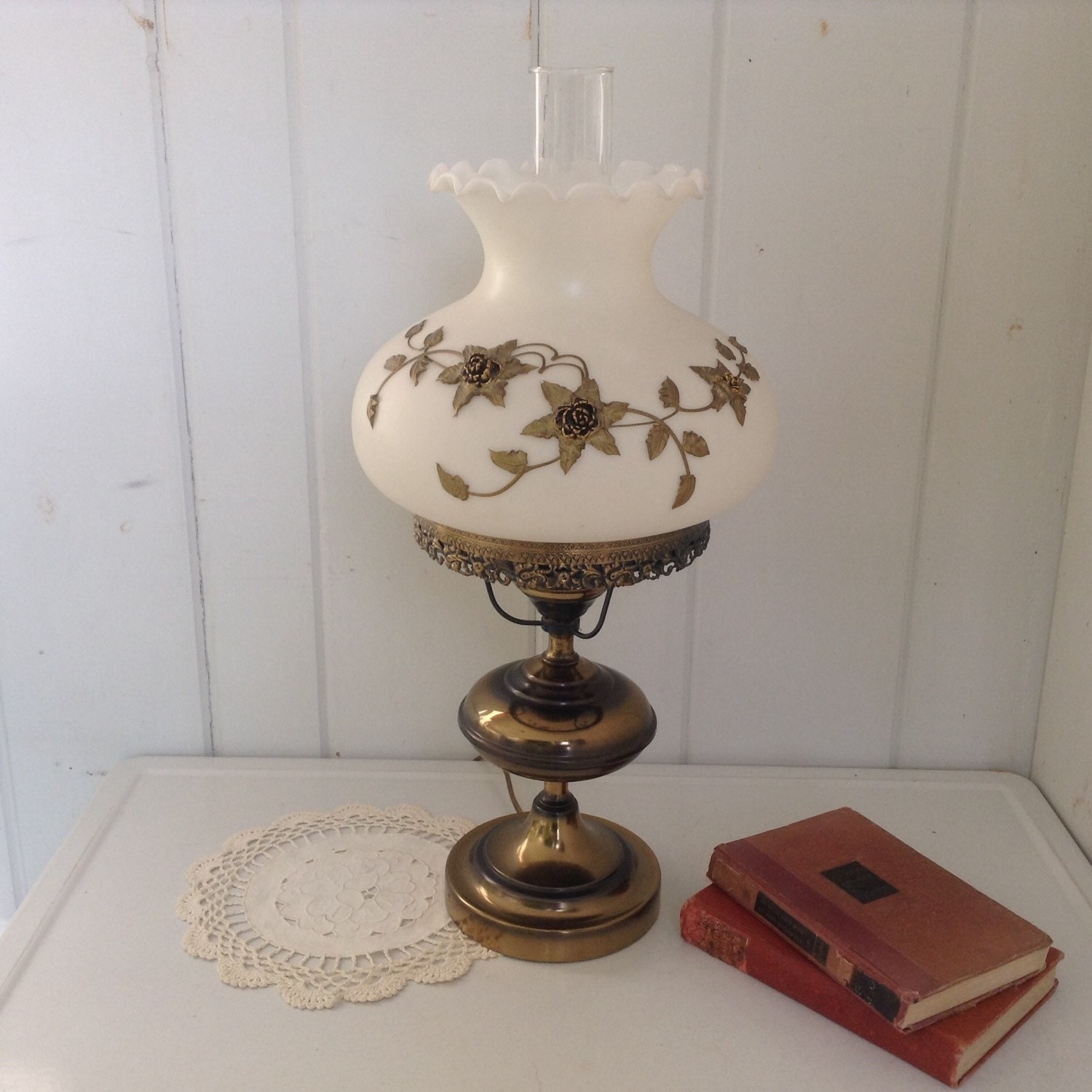 Gone With The Wind Hurrican Table Lamp Brass Gold Metal Flower