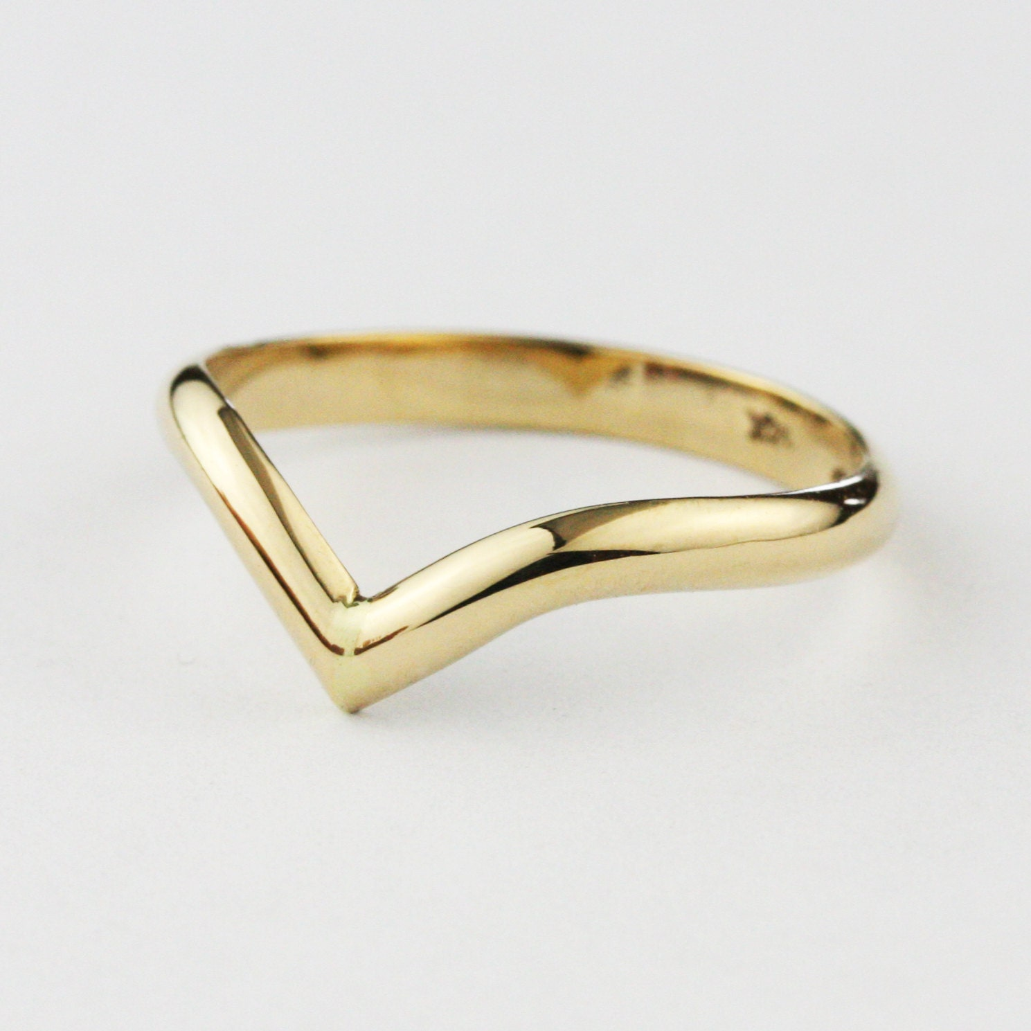 2 5 mm Solid Gold V Shaped Wedding Band Ring 14K 18k
