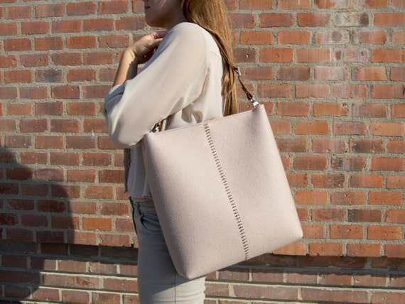 40% OFF - Large felt SHOULDER BAG with leather strap / tote bag / felt tote / felt bag / wool felt / made in Italy