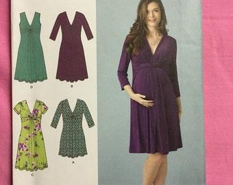 Misses Maternity Knit Dress or Mini Dress Simplicity 1360 UNCUT