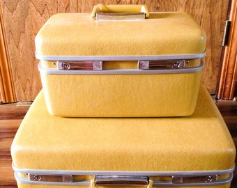 Mustard Yellow Royal Travellor Mid Century Train Case