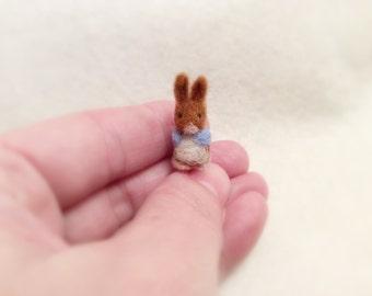 Needle Felted  Bunny-Miniature Peter Rabbit-Needle Felted miniature- Wool Roving -Dollhouse Miniature-Felt toys- Needle felting