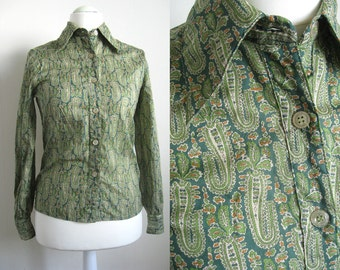 Vintage Green Paisley Cotton Shirt, 70's Pointed Collar Blouse, Button Up Top, Long Sleeves, Size Small Medium S/M