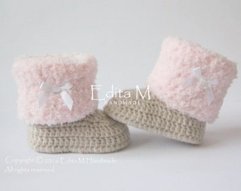 Crochet baby booties, baby shoes, baby girl shoes, light tan, pink, white satin bow, winter boots, baby shower gift, gift idea
