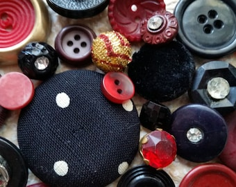 Antique and Vintage Button Lot No.417 | Black, Red | Kitsch Buttons | Pearl, Rhinestone, Bakelite, Fabric