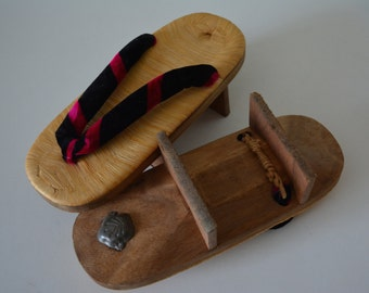Geta wooden thong sandals, straw top, vintage Japanese geta