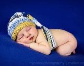 Newborn Photo Prop - Elf Hat - Hand Knit - Blues - Pinks