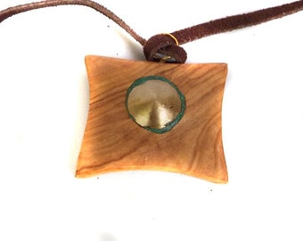 Wood Pendant from Olivewood with Brass and Malachite