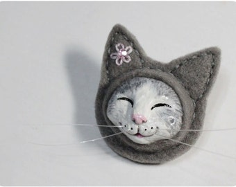 Happy Cat - Grey Cat Brooch, Clay Cat Brooch, Felt Cat Brooch