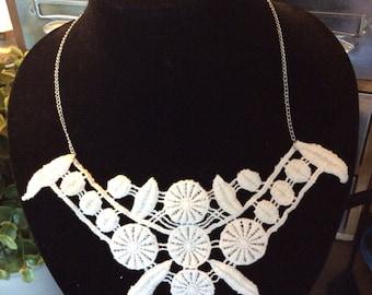 Fun white lace necklace