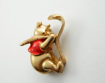 Vintage Winnie the Pooh Brooch