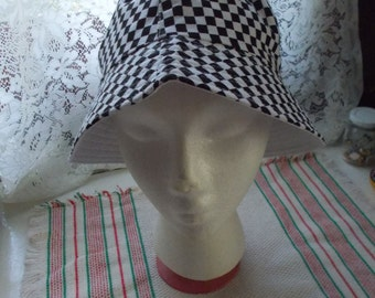 Very Nice Bucket Hat-EXCELLENT Condition
