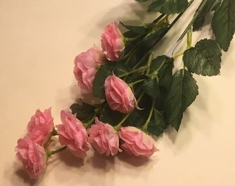 bouquet of small pink roses  (DD)