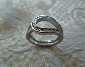 Vintage Costume Ring, Silver Toned, Double Shank.  Size 6.5