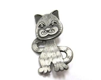 On Sale METZKE Silver Tone Cat Pin Item K # 321