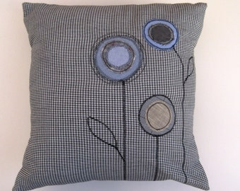 Dog Tooth Check Wool Applique Pillow