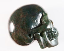 Bloodstone Skull 2 Inch 93g Carved Realistic Deep Dark Green Red Stone Meditation Intuition Scrying Gemstone