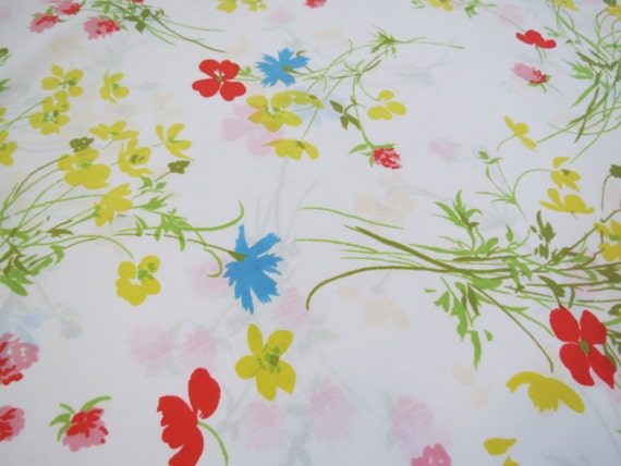 One Yard of Vintage Sheet Fabric - Primary Color Floral