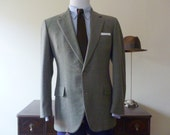 "Vintage Brooks Brothers ""Signature"" Muted Green Plaid / Prince of Wales POW Trad / Ivy League Jacket 40 REG. Made in USA."